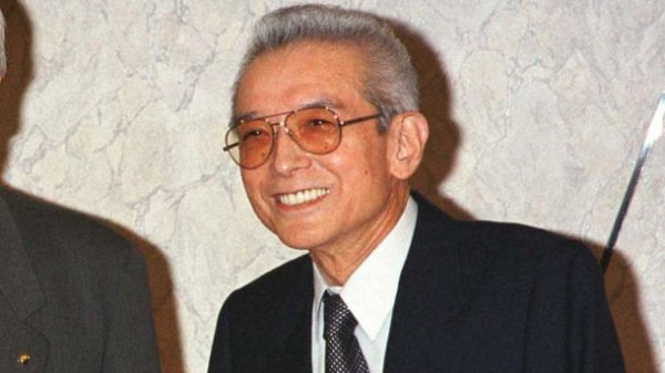 6-hiroshi-yamauchi-seattle-mariners-net-worth-18-billion-610x343